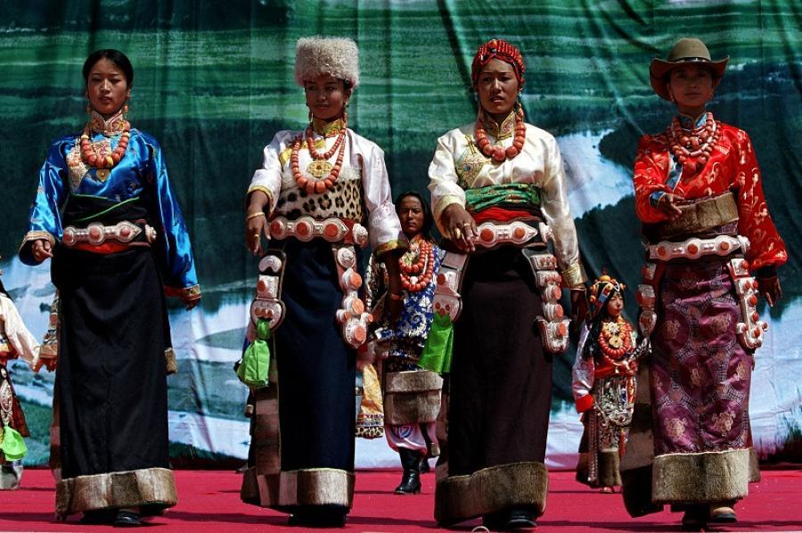 西藏人文风情 雪域藏族人的血泪