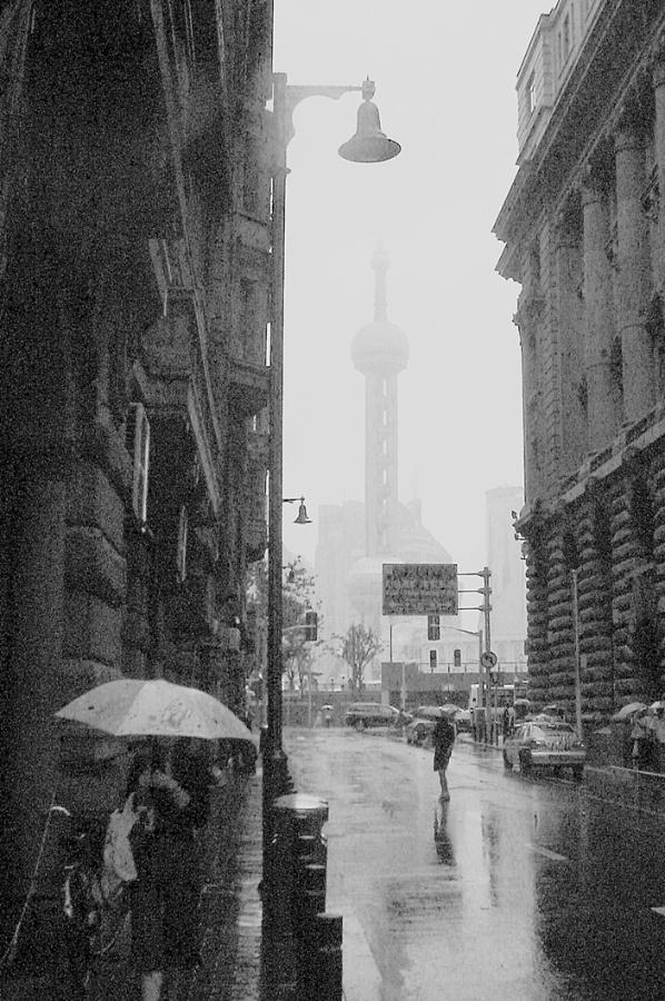 【关于上海雨的文章】