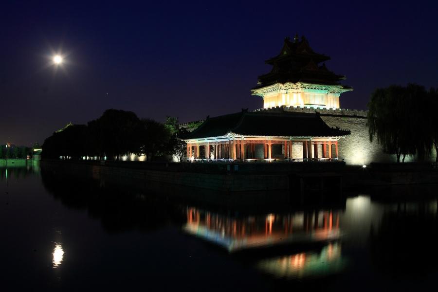 中秋月圆夜—大众摄影